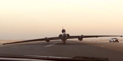 The U-2 spy plane is so hard to fly pilots have to perform a 'controlled crash' just to land it