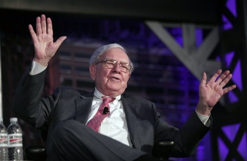 WARREN BUFFETT: We're hunting for an 'elephant-sized acquisition' (BRK.B)