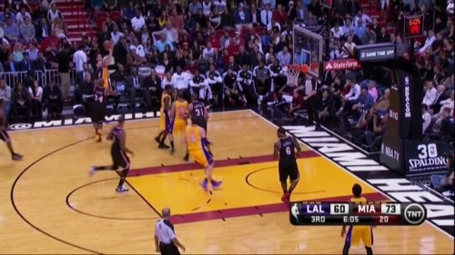 One Play That Shows Why LeBron James Is The Best Player In The NBA