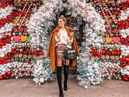 London at Christmas is an Instagrammer's dream, and there are 9 shots every influencer has