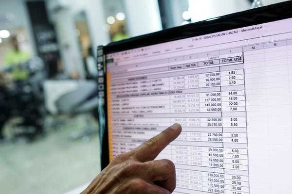 How to combine two columns in Microsoft Excel without losing data - Business Insider