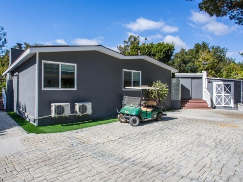 $2.4 million mobile home for sale in luxurious LA trailer park: Photos