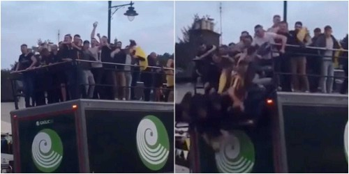 9 Irish athletes hospitalized after falling off lorry in title parade - Business Insider