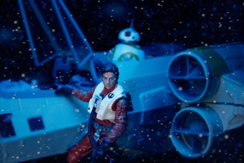 Fans were asked to recreate 'Star Wars: The Force Awakens' with toys and the results are stunning