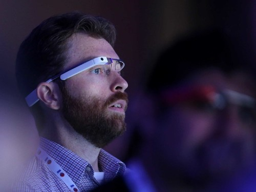 There's An App For Google Glass That Lets You Control Your Tesla