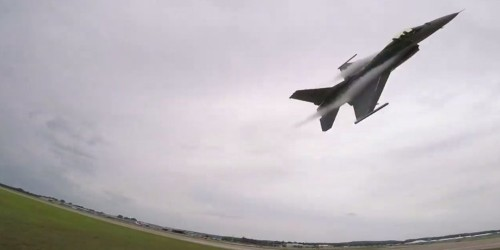 Watch this heart-stopping video of an F-16's low takeoff, high-G turn