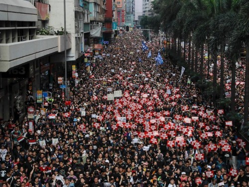 Photos: Hong Kong's 'Sea of Black' protests against extradition