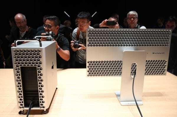 The fully upgraded Mac Pro costs $50,000, but you can add wheels for $400 more - Business Insider