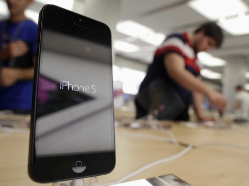 Why You Shouldn't Expect The iPhone 5S To Come In June