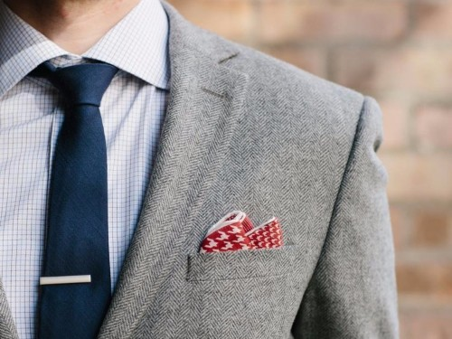 12 fun tie bars that can transform your boring outfit