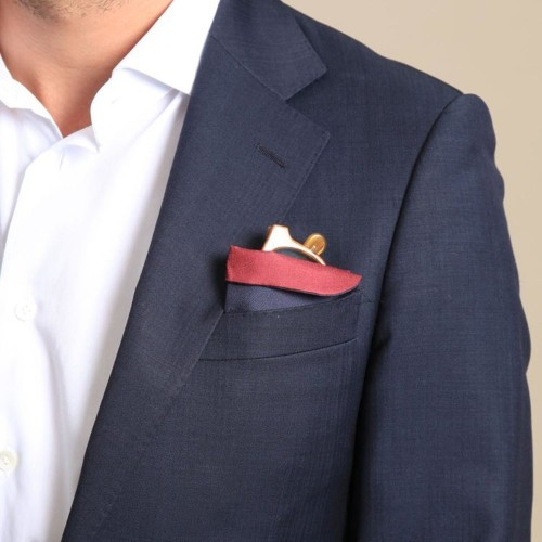 This Silk Glasses Case Doubles As A Pocket Square