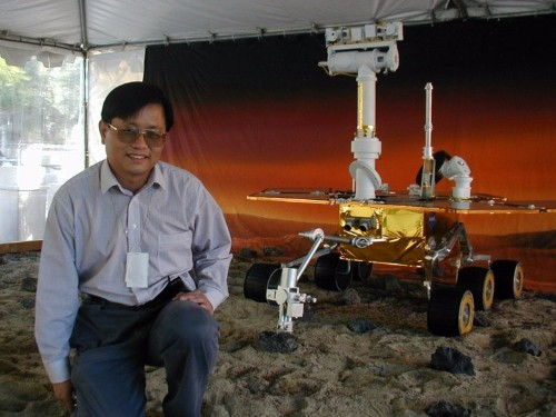 The FBI is looking for a star Ohio State professor from China with NASA ties who disappeared