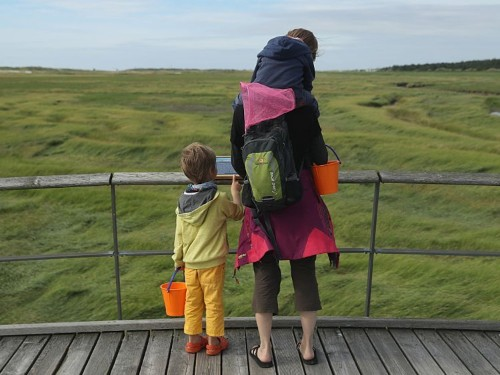 Science says kids who become successful have parents who teach them 8 things
