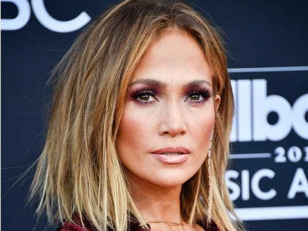 Jennifer Lopez said 'the Bronx came out' when a director 'wanted to see her boobs' off-set - Business Insider