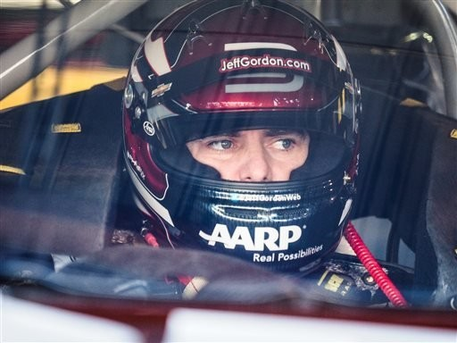 Gordon believes Martinsville could be key to NASCAR title