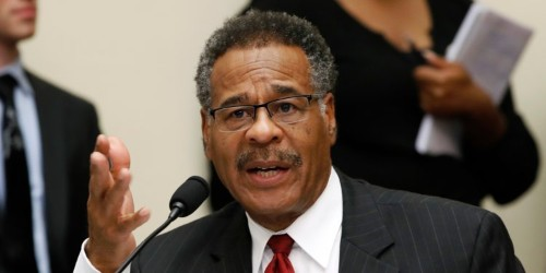 Emanuel Cleaver drops gavel and leaves: 'I abandon the chair'