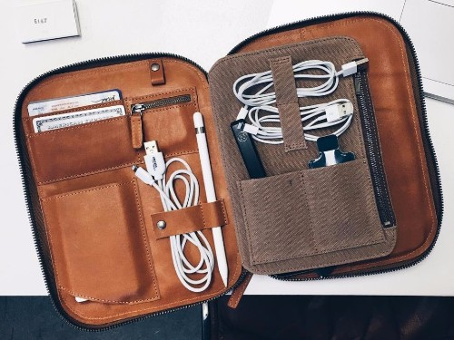 These leather travel accessories are stylish and practical