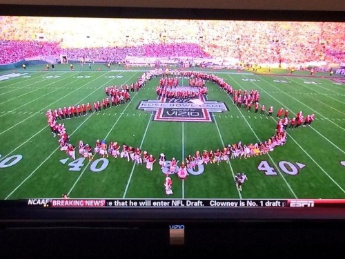 Stanford's Marching Band Created The Snapchat Logo During The Rose Bowl