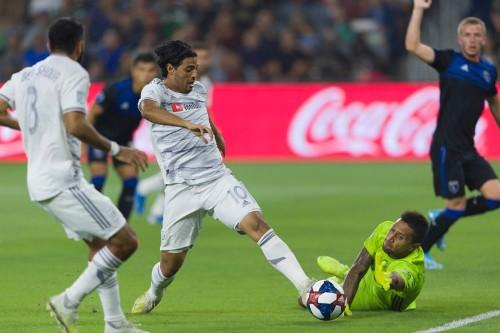 Carlos Vela's wonder goal the perfect response to Zlatan Ibrahimovic's trolling
