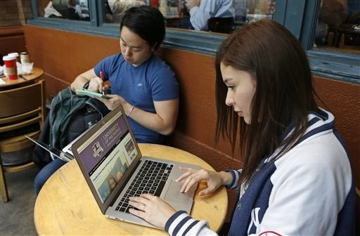 Tuition-free online university draws immigrant students