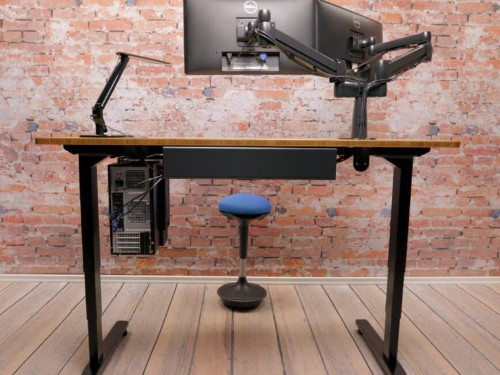 Uplift height-adjustable standing desk review: I'm more energized during the workday