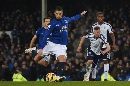 Mirallas penalty row fuels Everton frustration