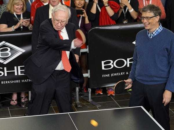 Successful people from Warren Buffett to Bill Gates spend their free time the same way - Business Insider