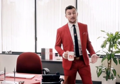 Johnny Manziel calls himself an 'ex-pro football player' in commercial for car insurance