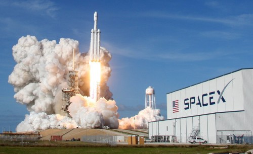 SpaceX livestream Falcon Heavy's first commercial mission