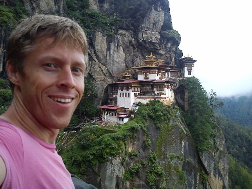 Gunnar Garfors travels to every country
