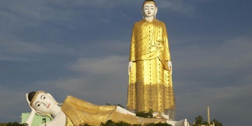 16 of the world's most enormous statues