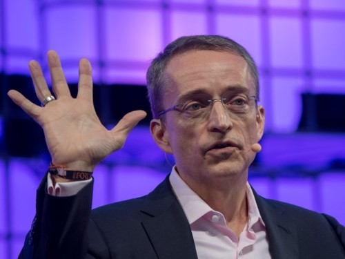 A Wall Street analyst said VMware is helping CIOs save up to 40%