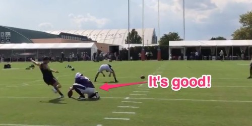 Video: Carli Lloyd hits 55-yard field goal at Eagles training camp