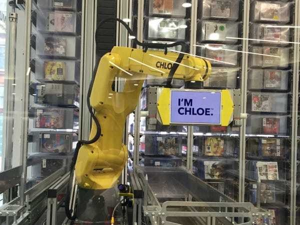 What it's like to use Best Buy's robot - Business Insider