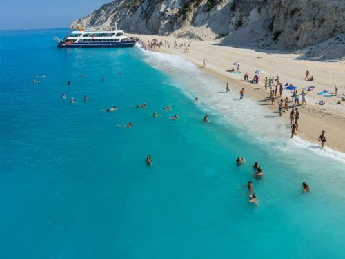 13 places with the bluest water in the world