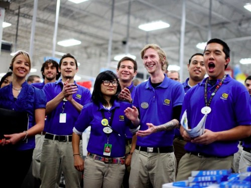 Amazon, JPMorgan Chase, and 7 other big companies hiring for high-paying jobs like crazy right now