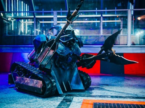 "This 19-year-old ""Robot Wars"" star picked up all his engineering skills from YouTube tutorials"