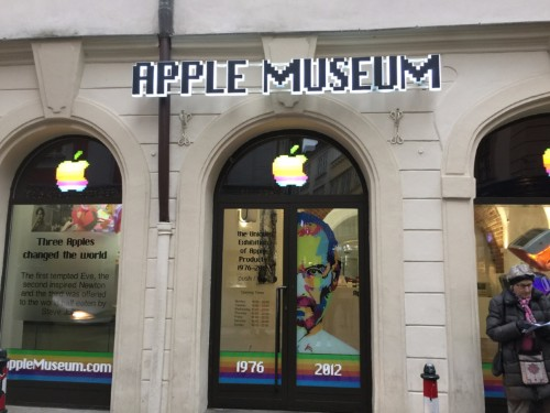 Inside the Apple Museum in Prague – 41 years of Apple products and a tribute to Steve Jobs