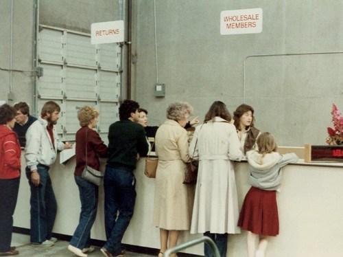 Here's what Costco looked like when it first opened in 1983