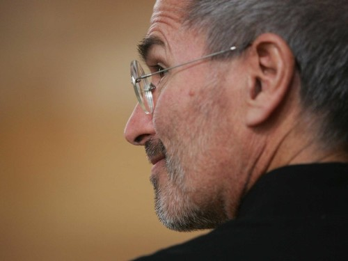Here's What Steve Jobs Did When An Employee Told Him The Apple Store's Layout Was All Wrong