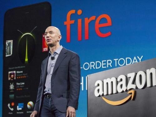 Apple's Tim Cook Burns Amazon's Smartphone