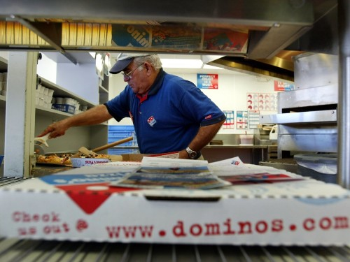 Domino's says it is winning drivers back from delivery companies - Business Insider