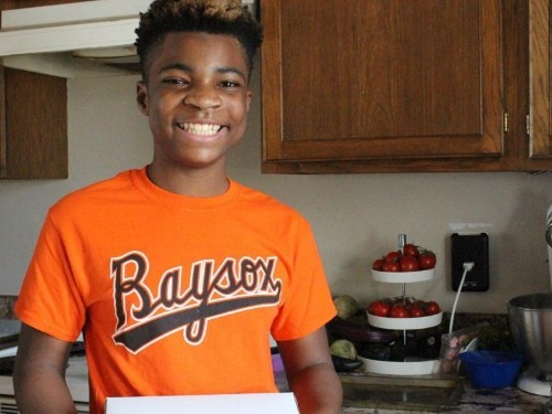 A 13-year-old runs his own bakery and matches every sale with a donation to the homeless