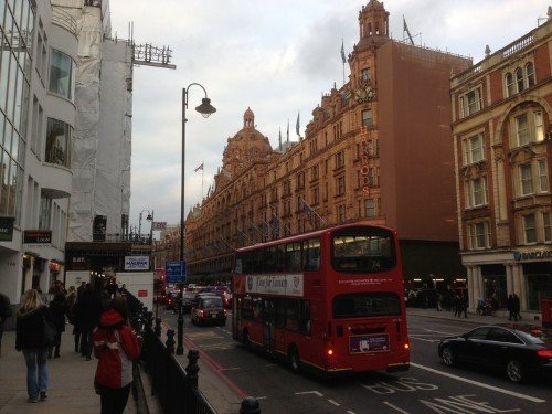 HARRODS CRISIS: Is The World's Most Famous Store Going Downhill?