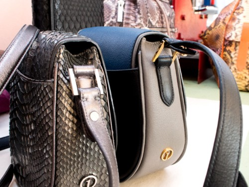 This new startup let me design my own $1,000 luxury handbag from scratch
