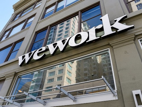 WeWork rushing to get JPMorgan debt financing deal; could run out of cash - Business Insider