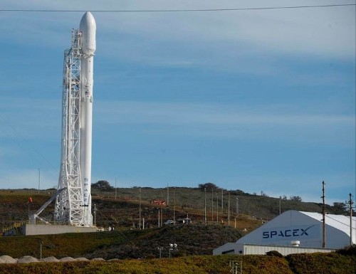 SpaceX breaks a leg and misses chance at a successful rocket landing
