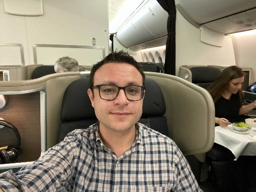 Longest flight New York to Sydney on Qantas business class review - Business Insider