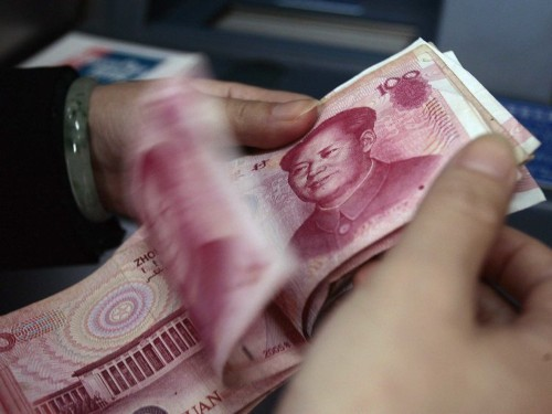 China targets the dollar