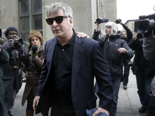 Alec Baldwin Writes Blog On The Country's 'Tragic Obsession' With Celebrities